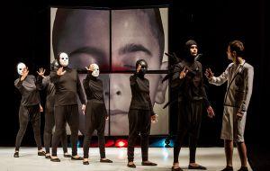 spektakl-kajtus-czarodziej-w-wykonaniu-rumunskiego-teatru-luceafarul