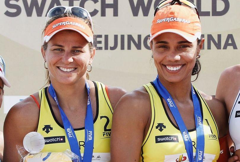 Brazylijki Larissa Franca i Juliana Felisberta jak zawsze tryskają uśmiechami (fot. Getty Images)