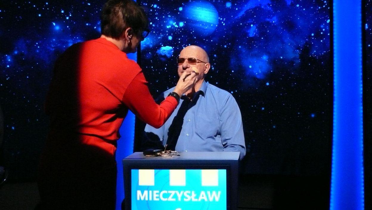Pan Mieczysław szykuje się do rozgrywki 17 odcinka 116 edycji