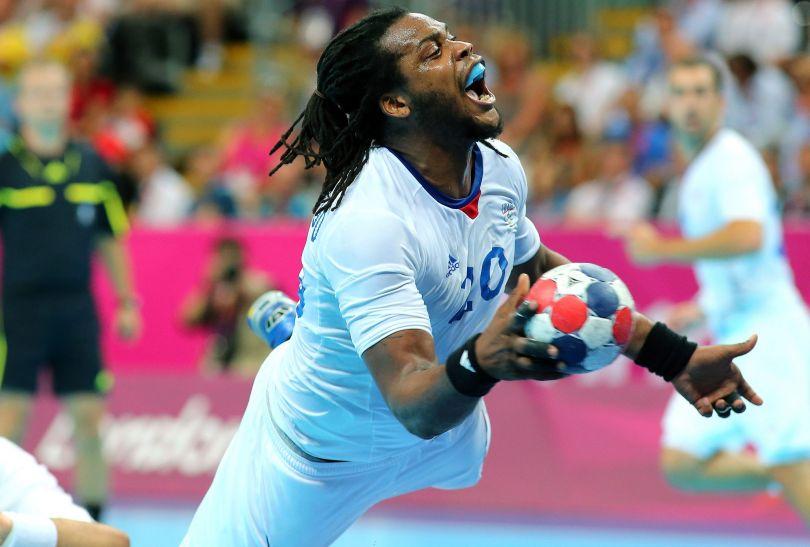 Francuzi obronili złoto z Pekinu. W finale wygrali ze Szwedami 22:21 (fot. PAP/EPA)