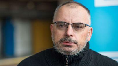 """Jacek Raginis-Królikiewicz w 2018 roku zdobył Grand Prix za """"Inspekcję"""" (fot. PAP)"""