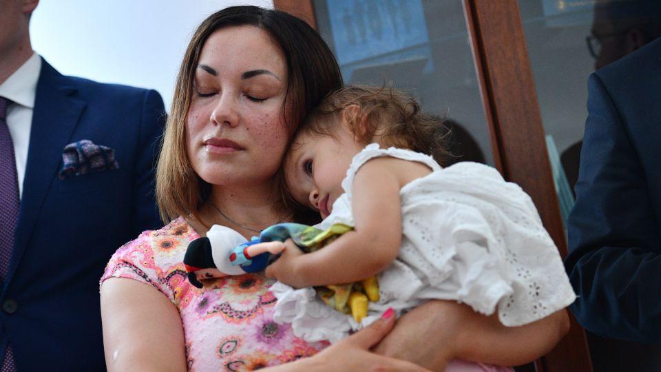Poland grants asylum to Norwegian mum, her daughter ...  Poland grants a...