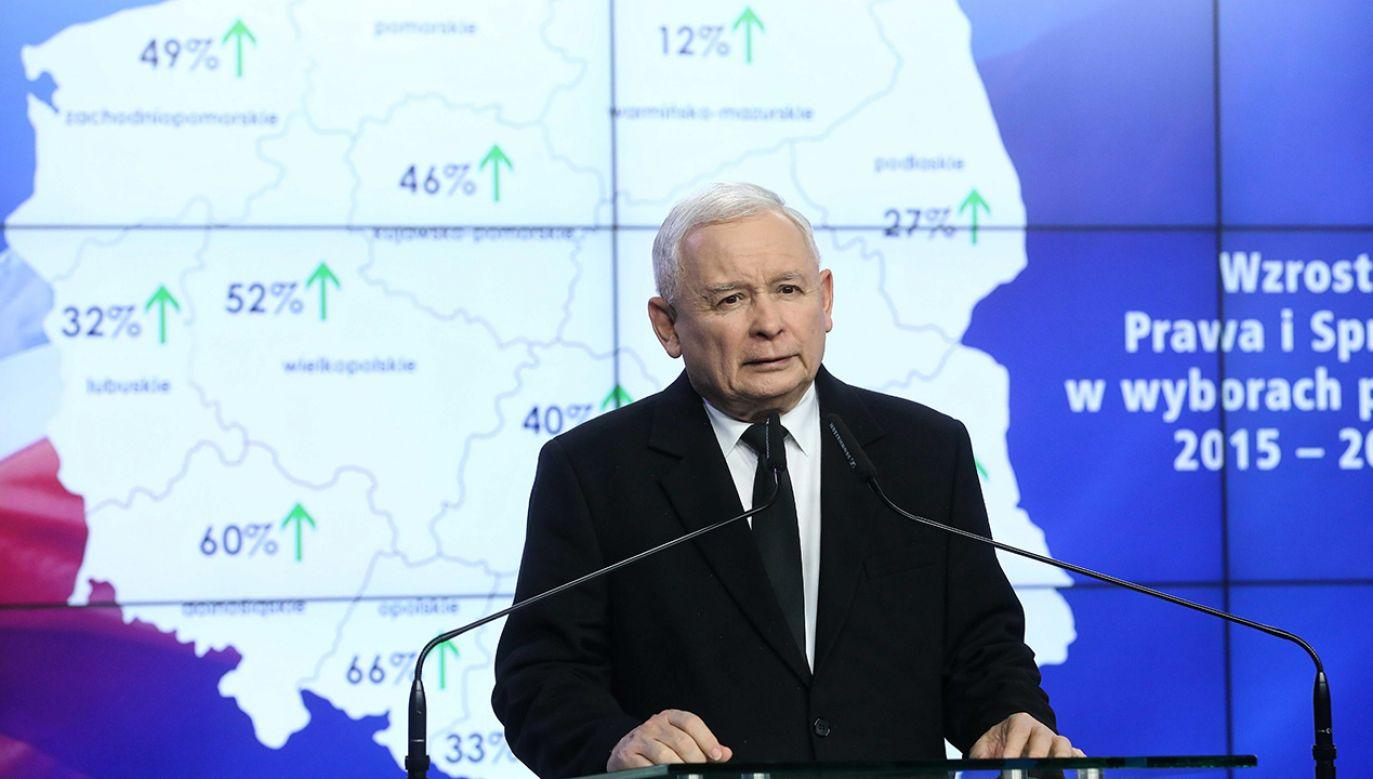 – Dzięki kampanii wyborczej realizowanej przez Jarosława Kaczyńskiego na PiS zagłosowało osiem milionów ludzi – mówi gość TVP Info (fot. PAP/Rafał Guz)