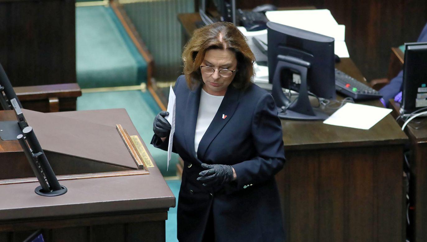 Małgorzata Kidawa-Błońska razem z 7 posłami PO nie wzięła udziału w głosowaniu (fot. PAP/Leszek Szymański)