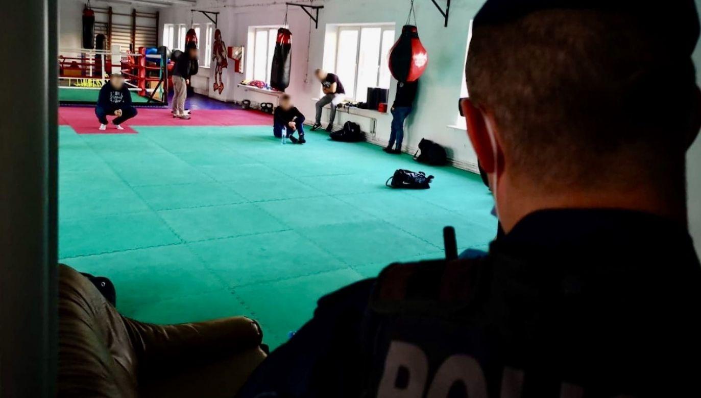 O sprawie poinformowani zostali pracownicy Inspekcji Sanitarnej (fot. Policja łódzka)
