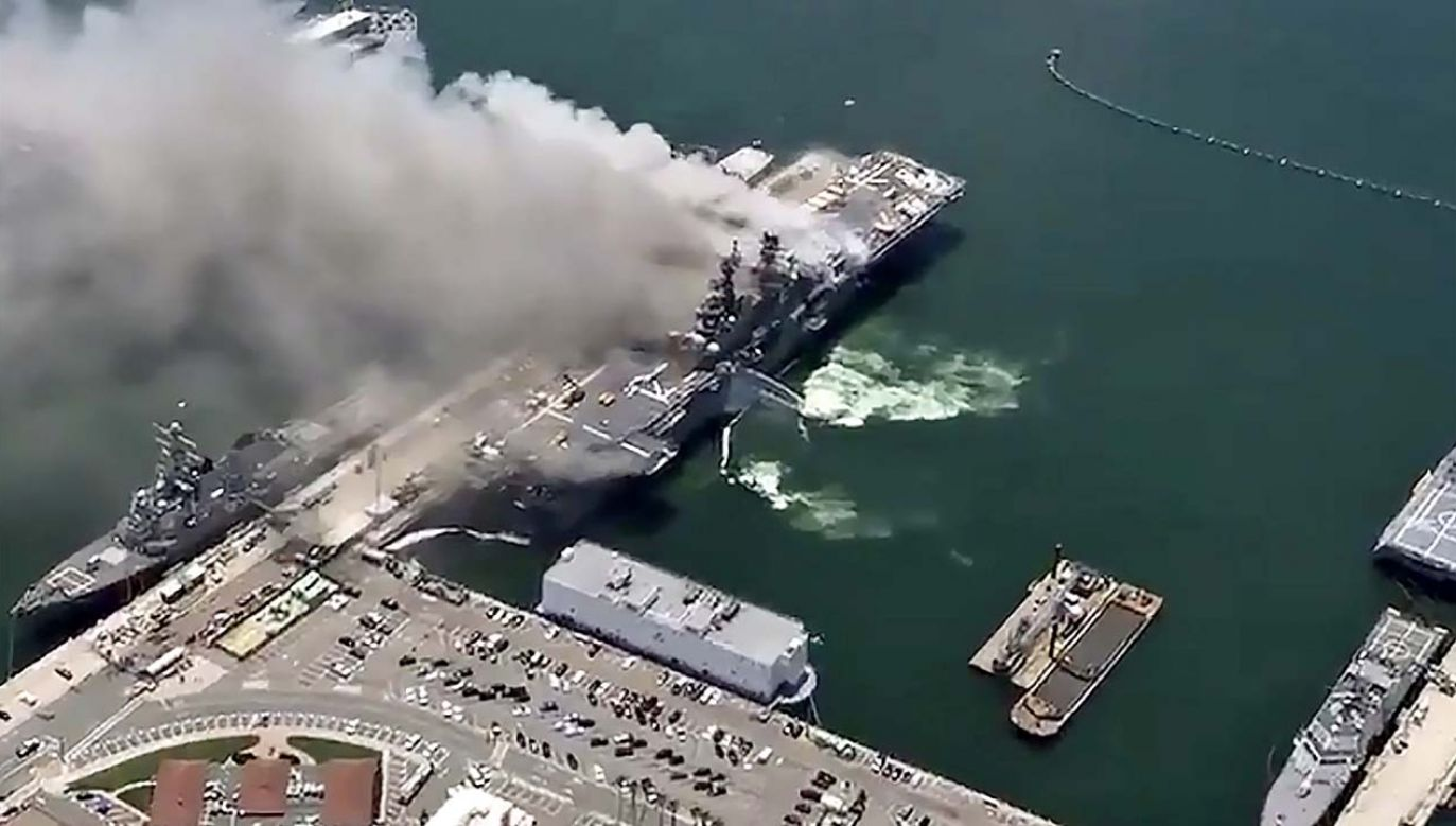 Przyczyna zdarzenia na razie nie jest znana (fot. PAP/EPA/SAN DIEGO FIRE DEPARTMENT / HANDOUT)