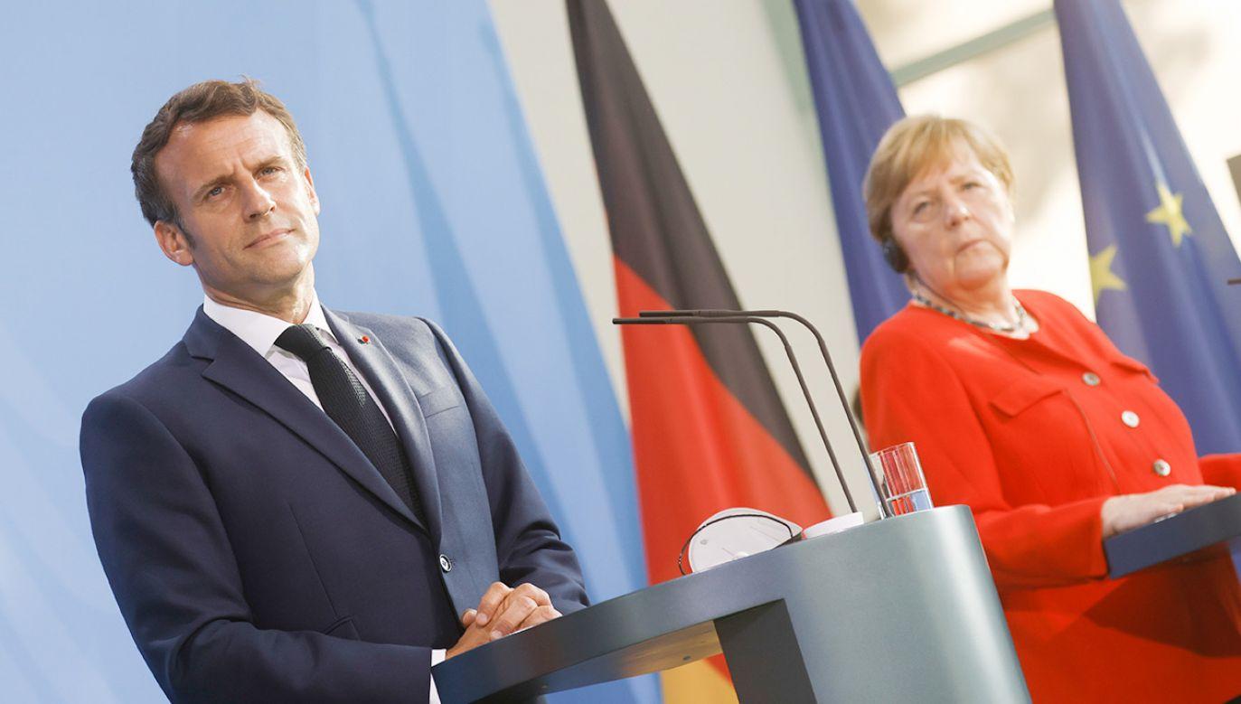 Francja i Niemcy zasugerowały ściślejszą współpracę Unii Europejskiej z Rosją  (fot. PAP/EPA/AXEL SCHMIDT / POOL)