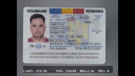 W jego bagażu ujawniono kolejne dwa podrobione dokumenty – rumuński i belgijski dowód osobisty (fot. Nadodrzański Odział Straży Granicznej)