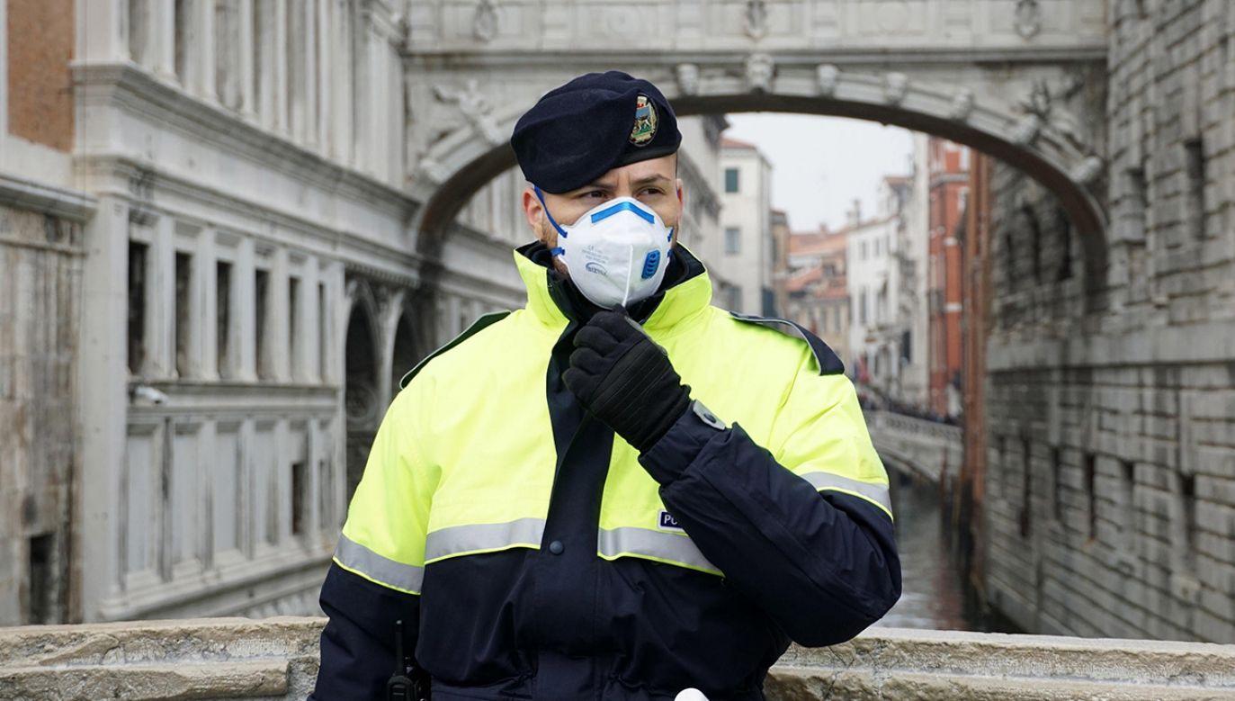 UE śledzi sytuację we Włoszech w związku z rozprzestrzenianiem się koronawirusa (fot.PAP/EPA/Andrea Merola)