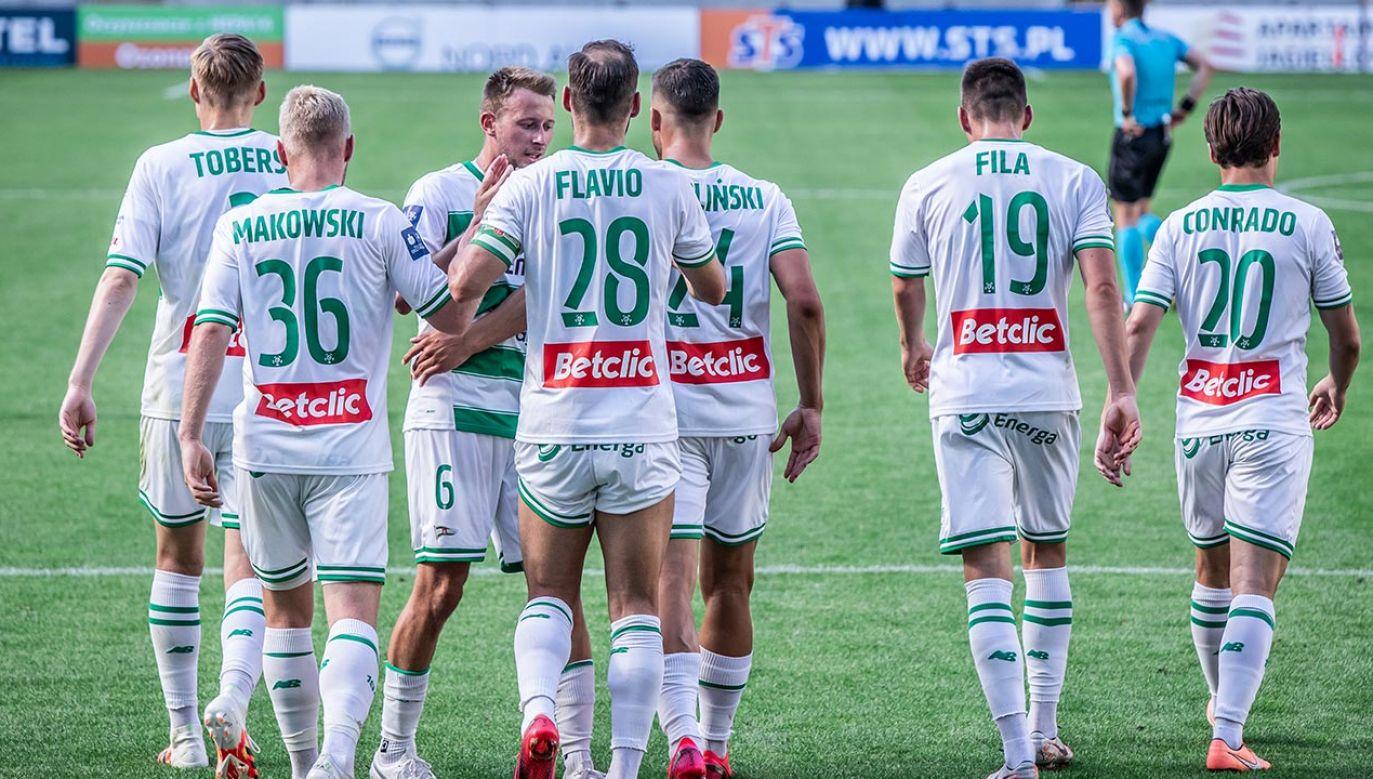 Swój pierwszy ligowy mecz Lechia ma rozegrać 23 sierpnia (fot. Mikolaj Barbanell/SOPA Images/LightRocket via Getty Images)