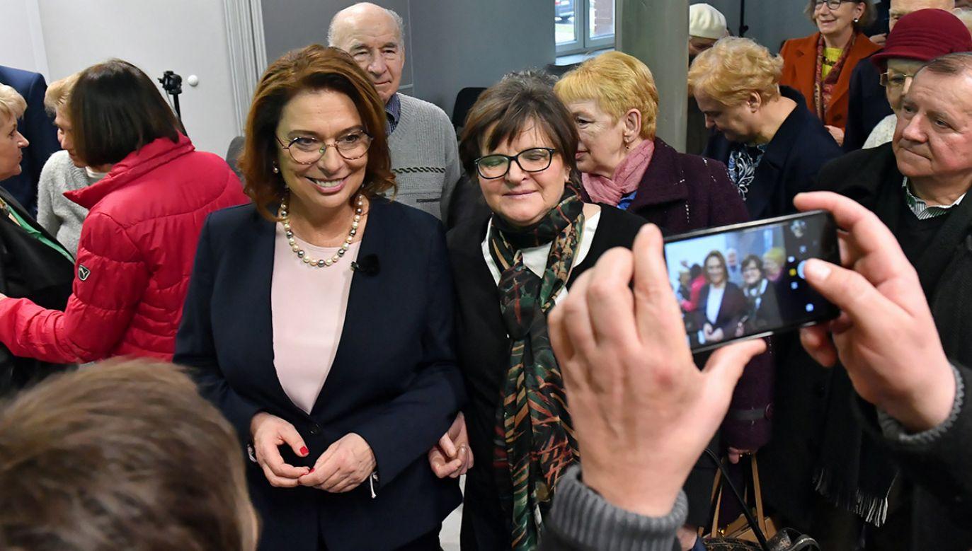 Wicemarszałek Sejmu Małgorzata Kidawa–Błońska (4L) gościła w niedzielę na Pomorzu Zachodnim (fot. PAP/Marcin Bielecki)