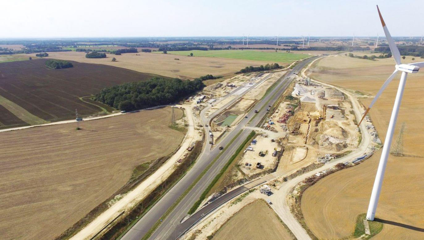 Minister Infrastruktury zatwierdził do realizacji kolejne 10 programów i 3 aneksy do programów inwestycji dla zadań drogowych (fot. GDDKiA)