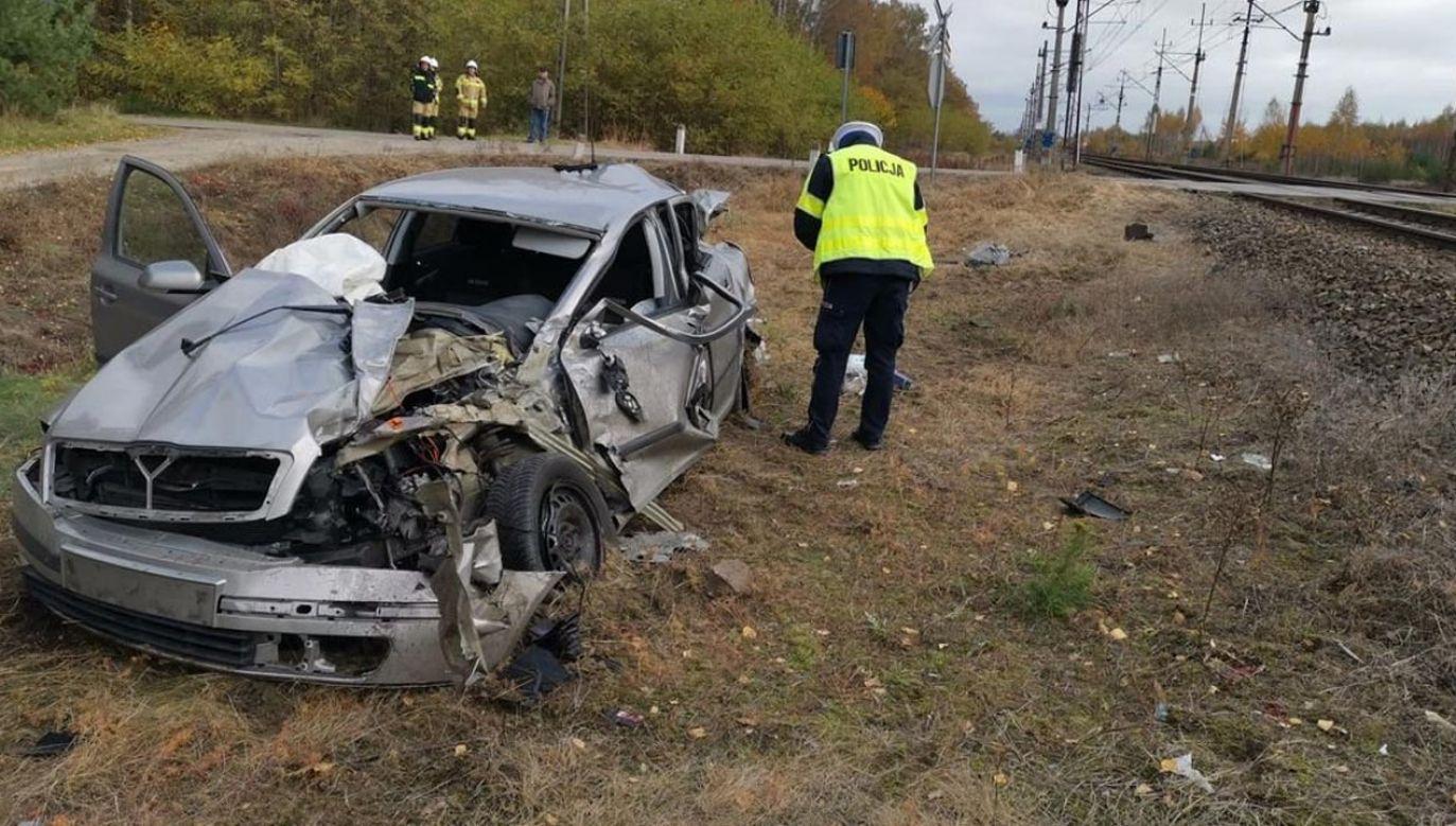 Kierowca osobówki doznał obrażeń ciała (fot. Policja Lubelska)