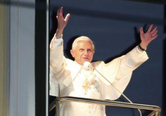 """Benedykt XVI. """"Trwajcie mocni w wierze"""""""