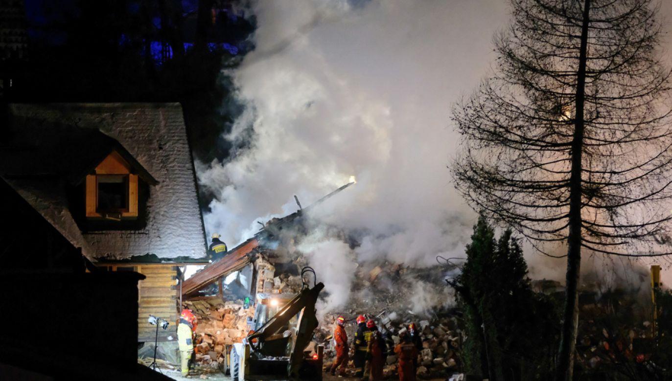 Szczyrk prosi chcących wspomóc najbliższych ofiar o wpłaty na konto Caritas diecezji bielsko–żywieckiej (fot.PAP/Hanna Bardo)