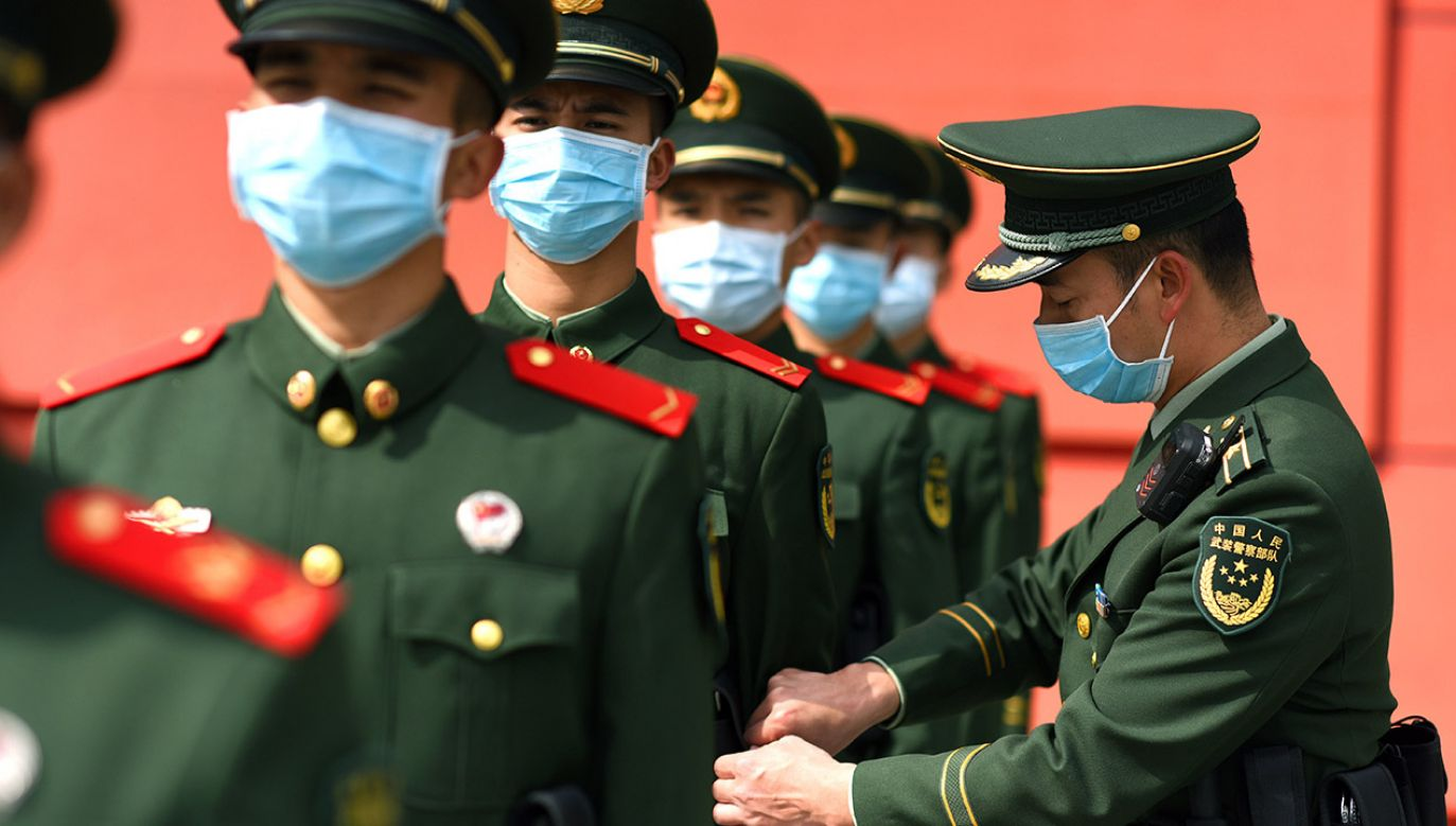 GIS zapewnia, że nie ma ryzyka zakażenia się wirusem poprzez towary zamawiane z Chin (fot. PAP/EPA/FEATURECHINA)
