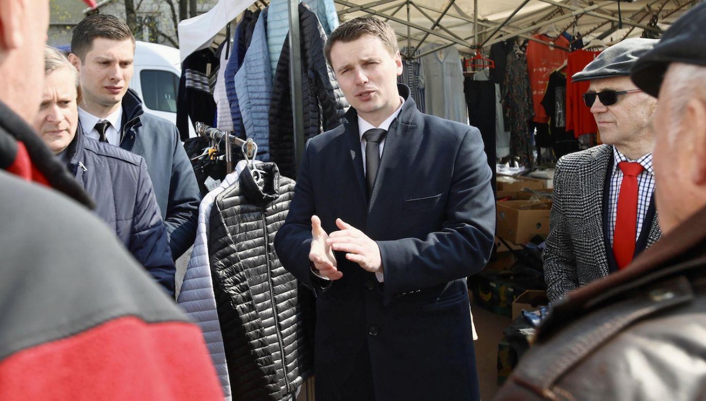 Margielski ujawnił, że pożyczki zostały zaciągnięte w dwóch parabankach i dwóch bankach poza województwem mazowieckim (fot. arch.PAP/Leszek Szymański)