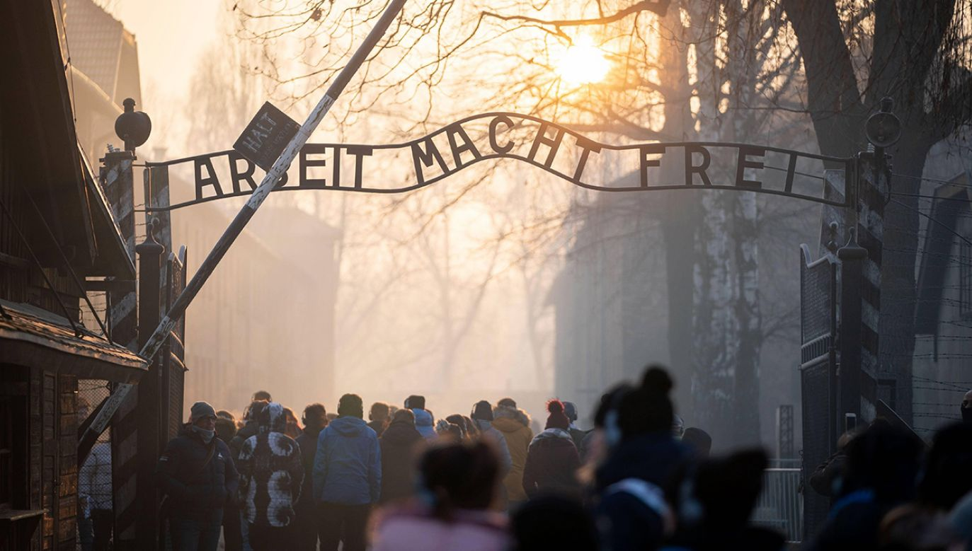 14 czerwca 1940 roku obóz Auschwitz zaczyna funkcjonować. Niemcy kierują tam pierwszy transport więźniów politycznych (fot. ach. PAP/DPA/Kay Nietfeld)