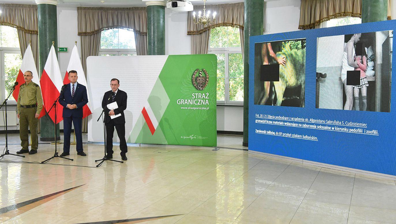 Konferencja szefów MSWiA i MON (fot. PAP/Radek Pietruszka)