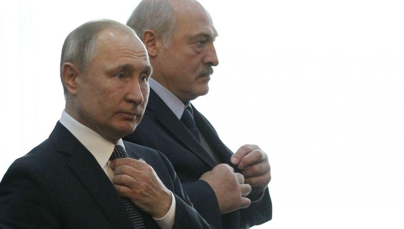 Prezydent Białorusi Alaksandr Łukaszenka po rozmowie z prezydentem Rosji Władimirem Putinem zwołał naradę w ministerstwie obrony (fot. Mikhail Svetlov/Getty Images)