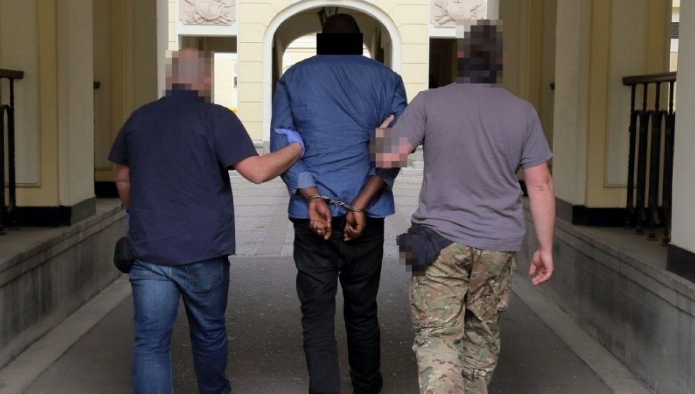 Mężczyźni wyłudzili 420 tys. zł (fot. policja.pl)