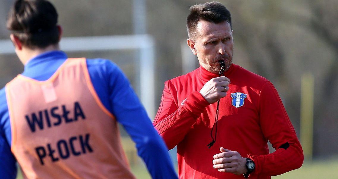 13e825053 Leszek Ojrzyński: modlę się o zdrowych i mądrych piłkarzy (fot. PAP/Piotr