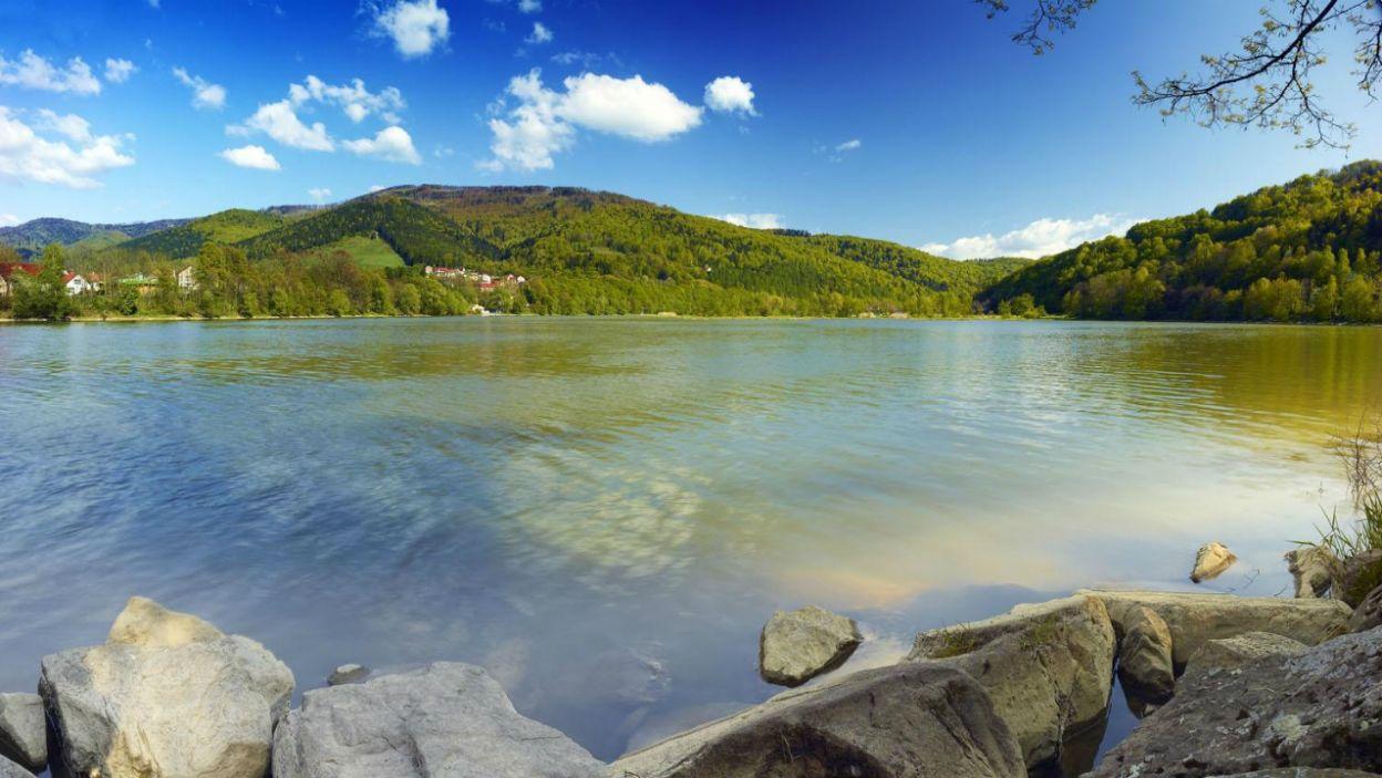 Międzybrodzie Żywieckie to według niektórych najpiękniejsza wieś w Polsce! (fot. slaskie.travel)