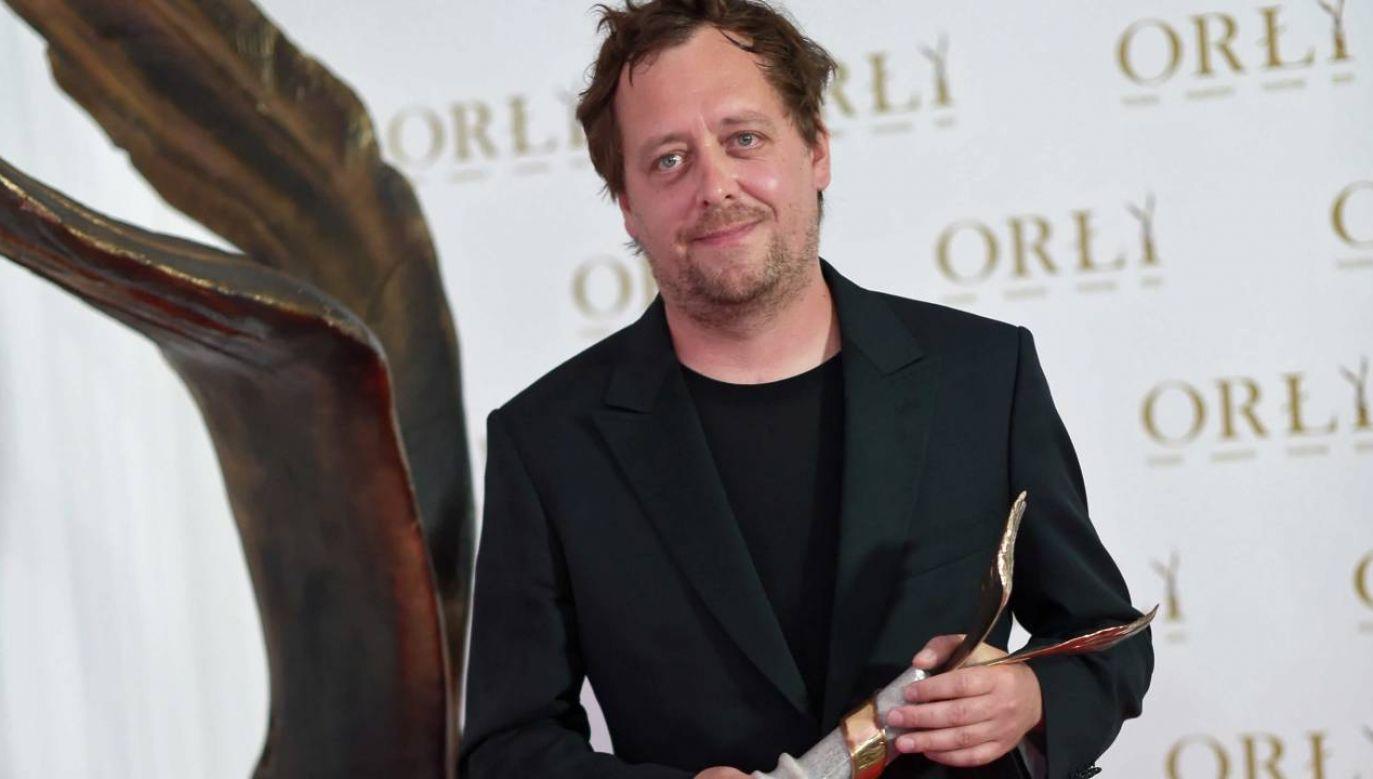 """a najlepszą reżyserię nagrodzono Jana Holoubka za """"25 lat niewinności. Sprawę Tomka Komendy"""" (fot. PAP/Marcin Obara)"""