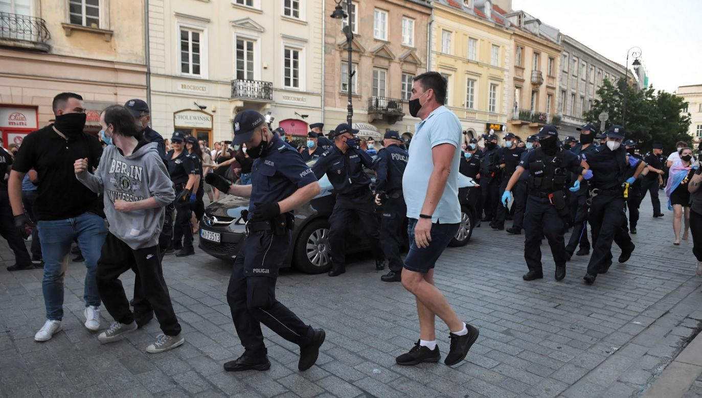 Do zajść doszło m.in. podczas zatrzymania Michała Sz. (fot. PAP/Radek Pietruszka)