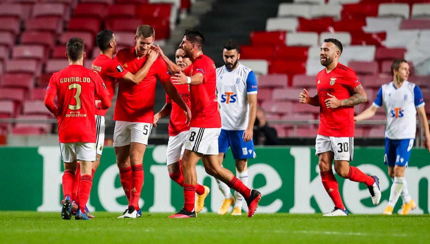 Piłkarze Lecha nie będą mieć dobrych wspomnień z wyprawy do Portugalii (fot. PAP/EPA/JOSE SENA GOULAO)