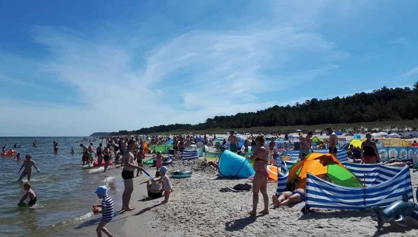 Tak wygląda słoneczny weekend nad polskim morzem (fot. Krzysztof Lech)
