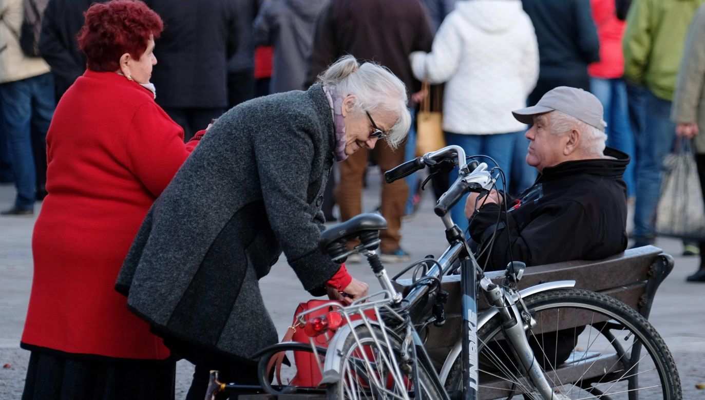 Small firms take-up of new pension scheme may be lower: expert. Photo: PAP