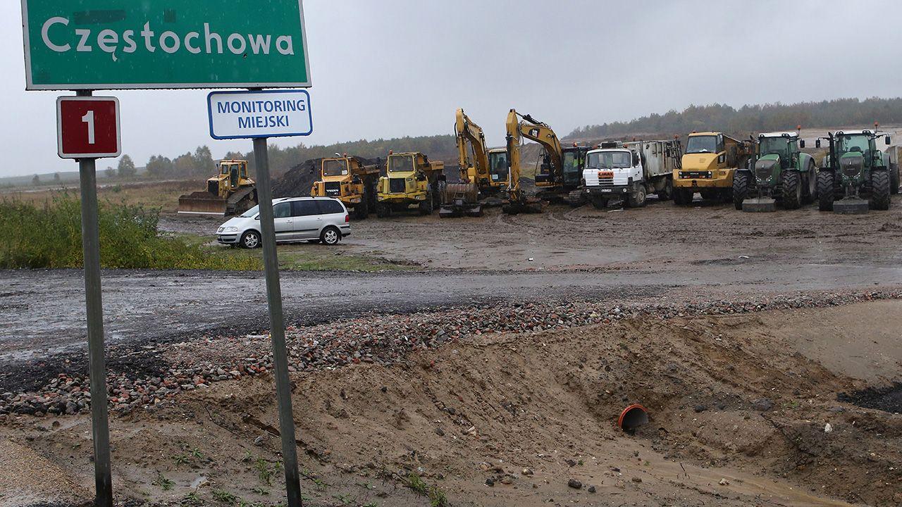 Wcześniej GDDKiA odstąpiła od umowy na odcinek trasy S3 w okolicach Polkowic <br><br>(fot. arch. PAP/Waldemar Deska)