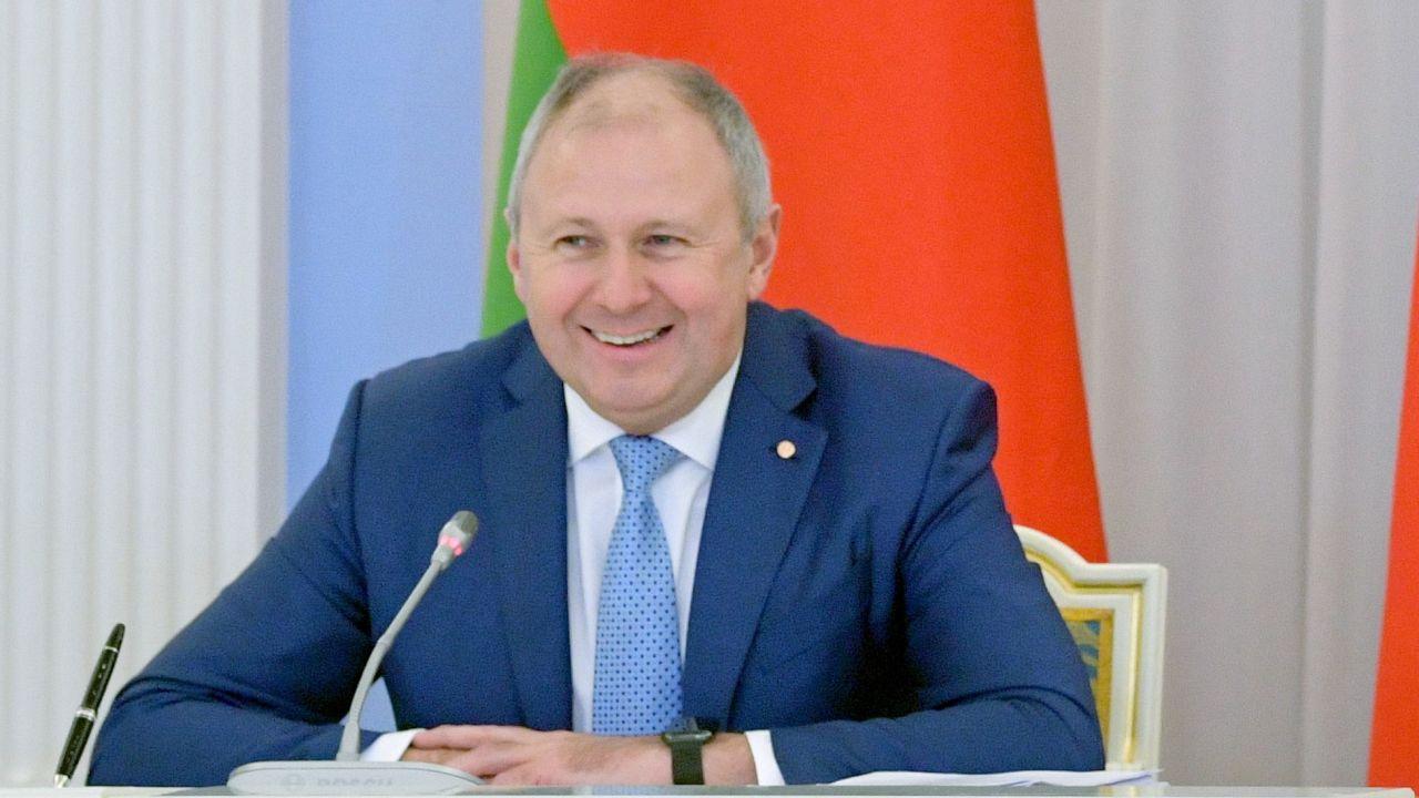 Żanna Rumas mówi, że w ubiegłym roku, gdy jej mąż został mianowany premierem, wspólnie zaczęli uczyć się języka (fot. Alexander Astafyev\TASS via Getty Images)