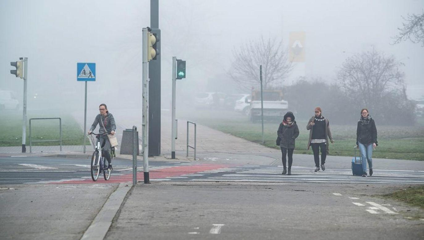 IMGW zaleca w związku z tym ostrożność i śledzenie komunikatów o pogodzie (fot. arch.PAP/Wojciech Pacewicz)