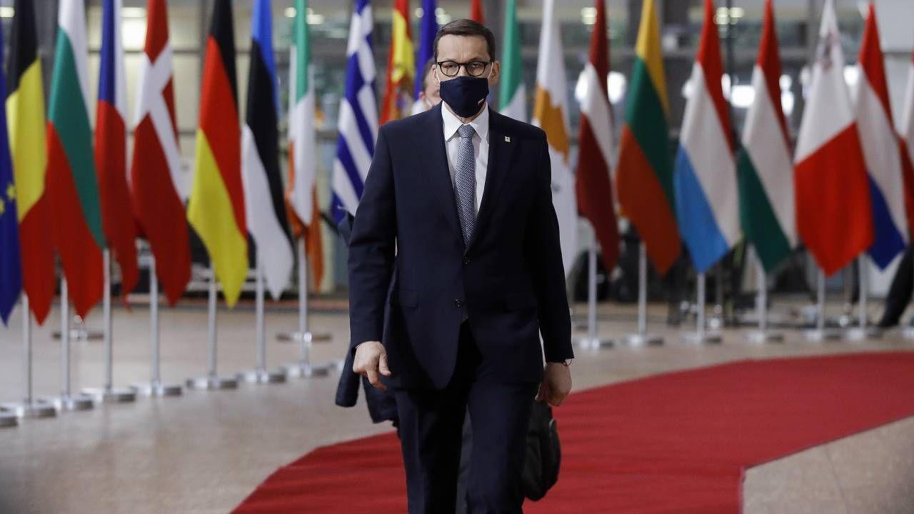 Premier Mateusz Morawiecki wziął udział w szczycie UE (fot. PAP/EPA/OLIVIER HOSLET / POOL)