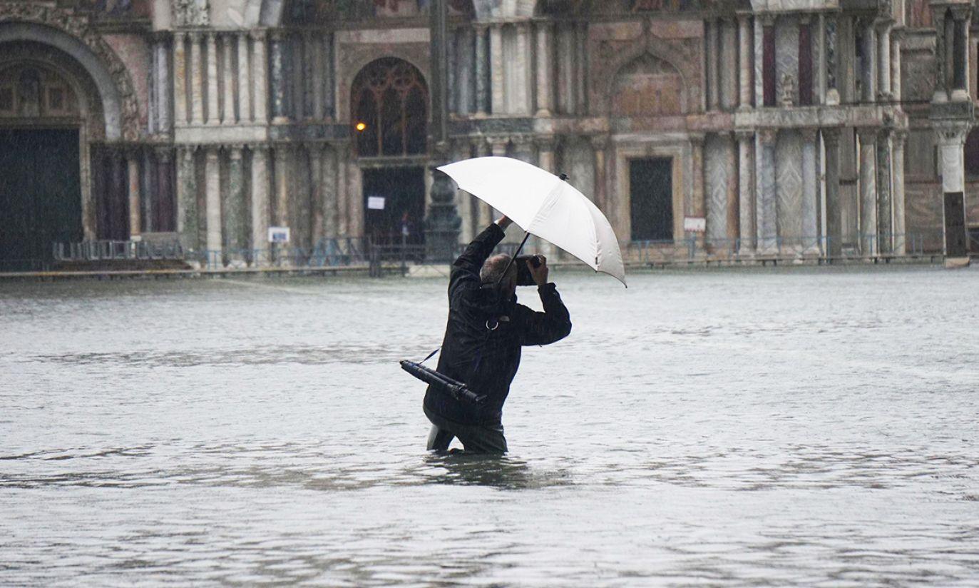 (fot. PAP/EPA/Andrea Merola)