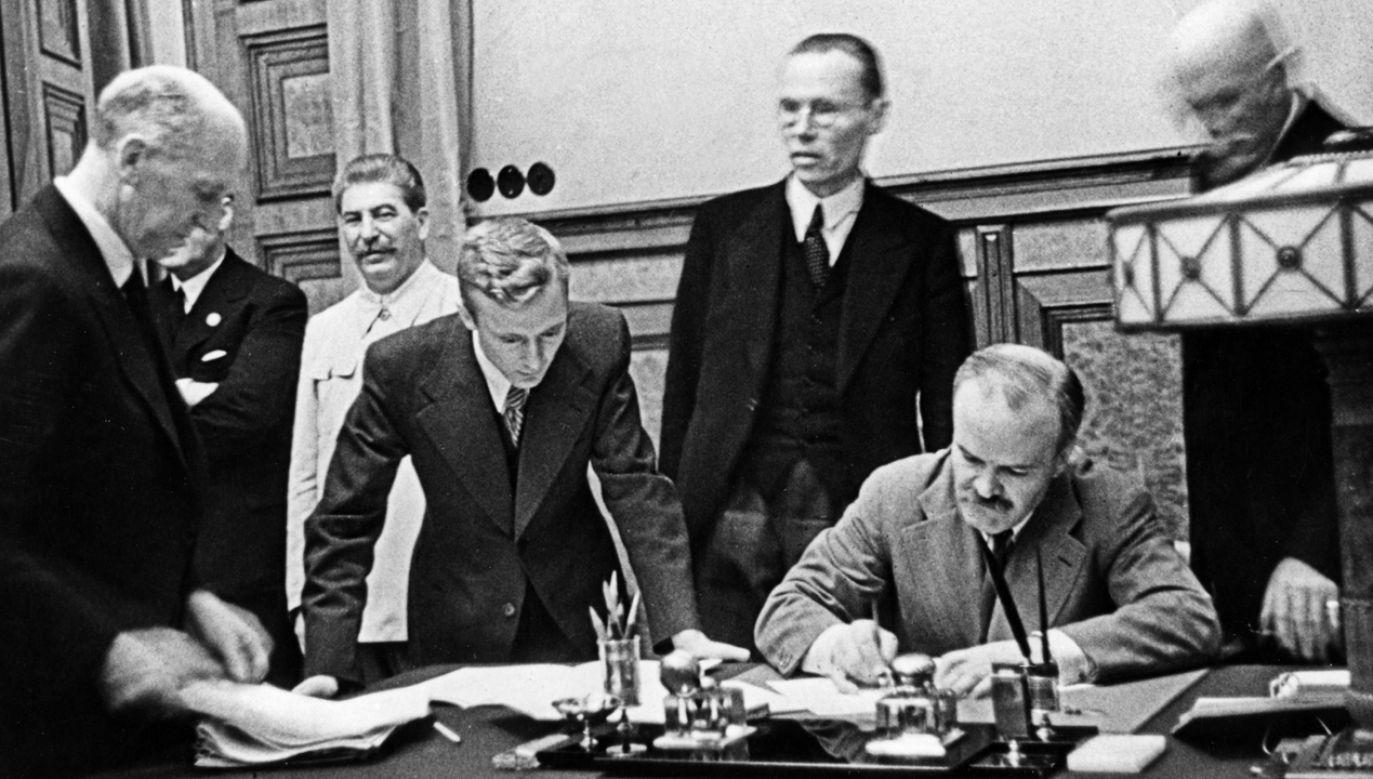 Rosjanie zaczynają powtarzać argumenty Wiaczesława Mołotowa (fot. PAP/Newscom)