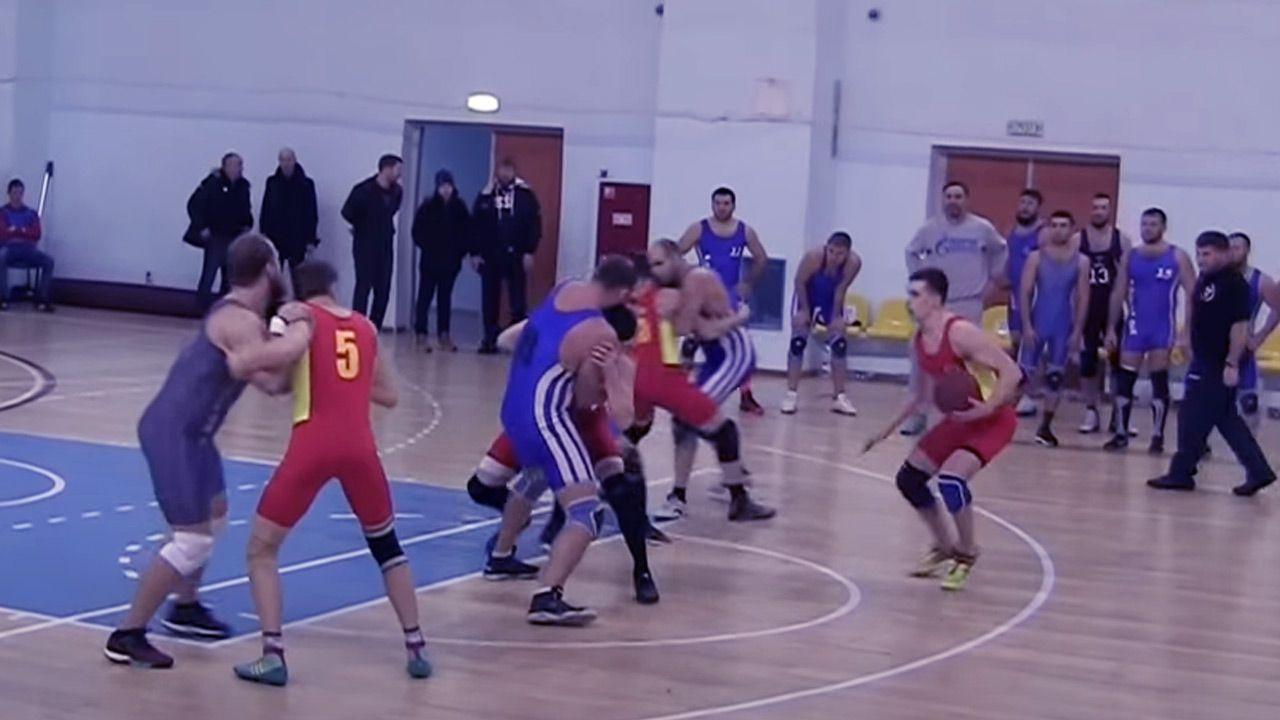 W rosyjskiej lidze rugballu występują22 zespoły (fot. YouTube)