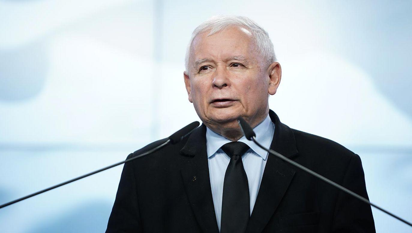 To wybitny polski polityk, człowiek, ze wspaniałymi sukcesami, z olbrzymią wiedzą – oceniał lidera PiS wicepremier Gliński (fot. Forum/Mateusz Wlodarczyk)