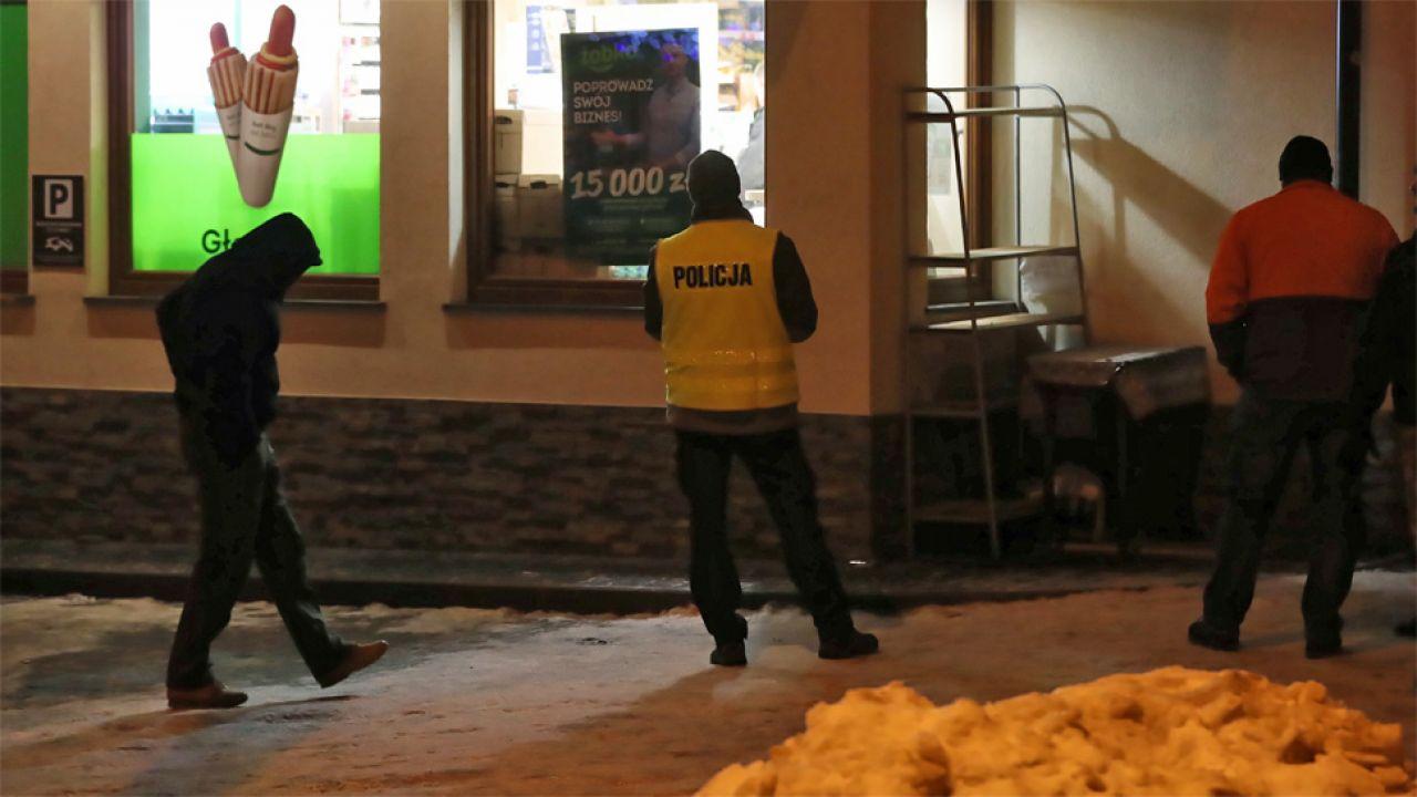Sprawca został zatrzymany przez policję (fot. PAP/Grzegorz Momot)