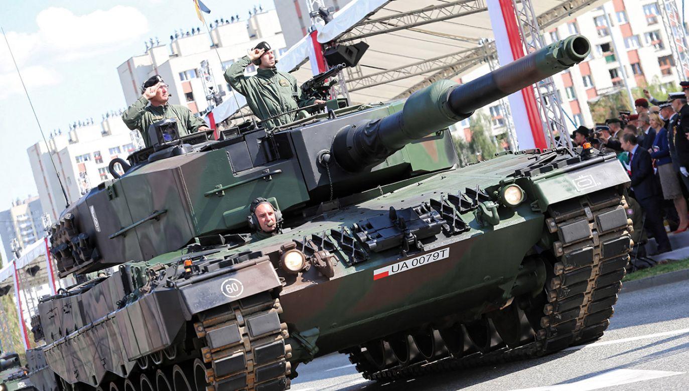 Główne uroczystości Święta Wojska Polskiego odbyły się w czwartek w Katowicach (fot. PAP/Andrzej Grygiel)