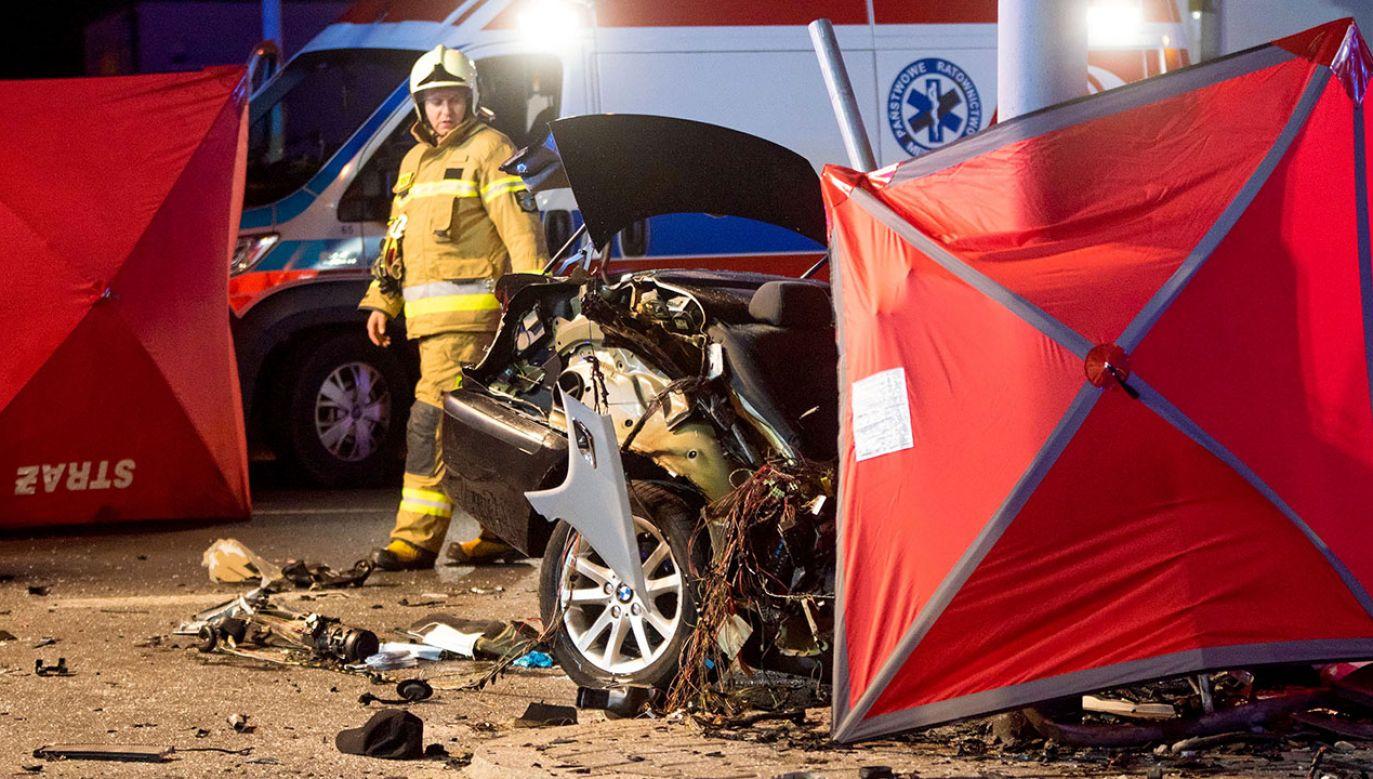 Trwa ustalanie okoliczności wypadku (fot. arch.PAP/G.Michałowski, zdjęcie ilustracyjne)