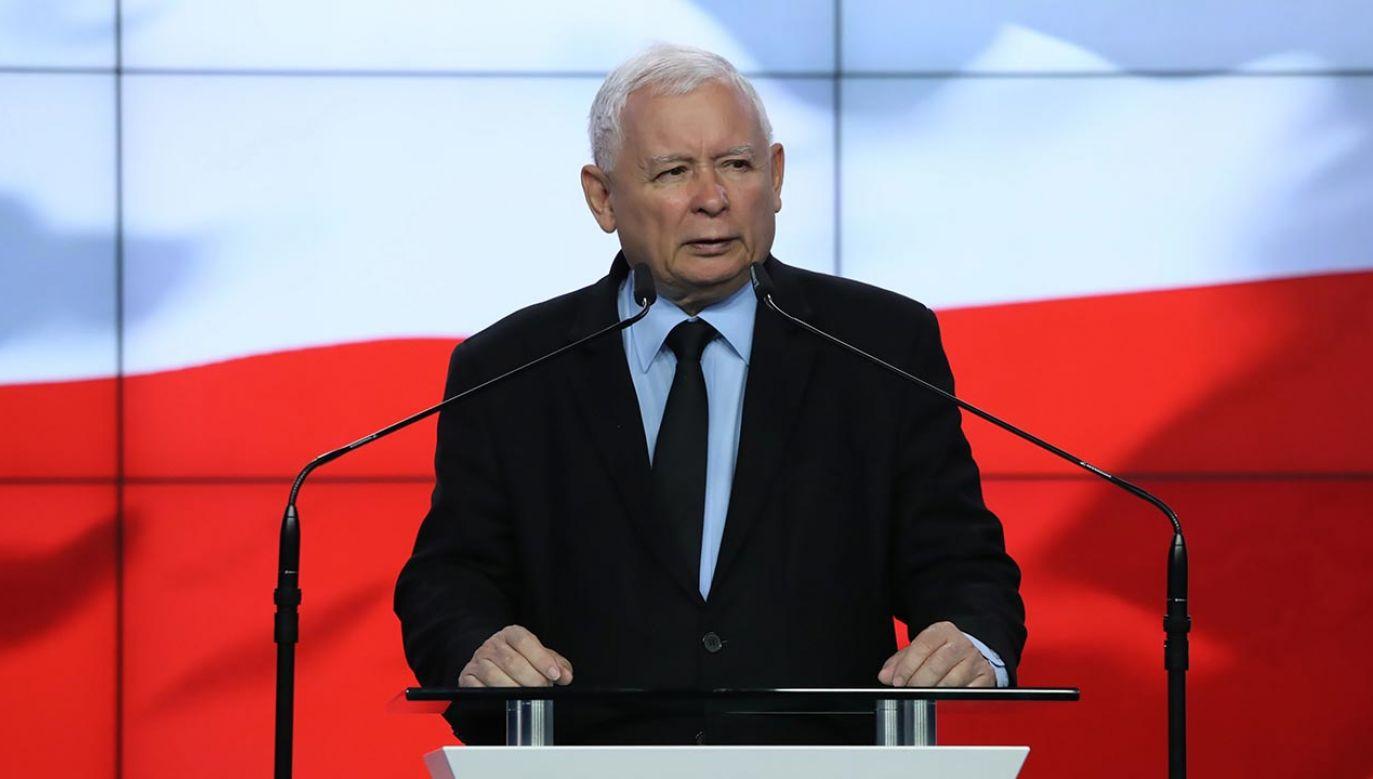 Część posłów wyłamała się z dyscypliny głosowań (fot. PAP/Tomasz Gzell)