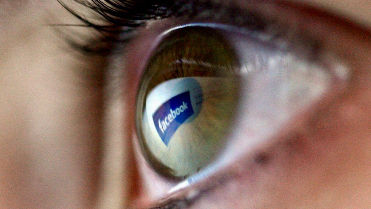 Polubienia są oceną społeczną wartości wspomnienia (fot. Chris Jackson/Getty Images)