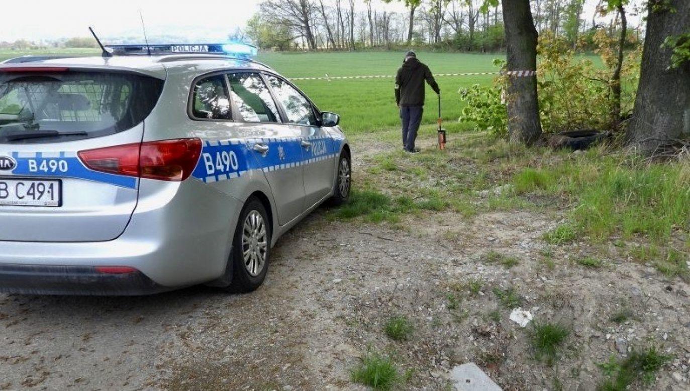 Do okolicznych domów pukał nieznajomy mężczyzna, z prośbą o wezwanie pogotowia (fot. policja.pl, zdjęcie ilustracyjne)