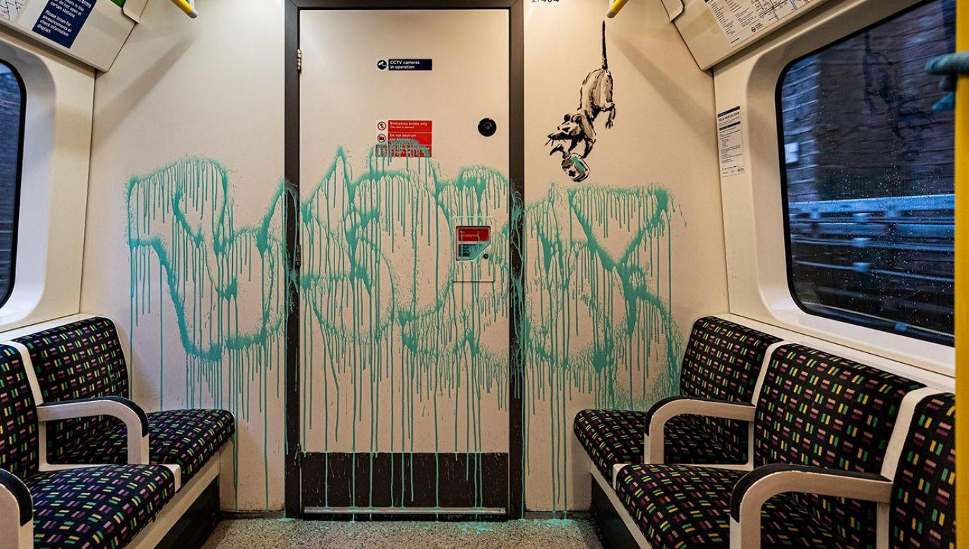 """""""Jeśli nie zakładasz maseczki, nie zrozumiesz"""" – twierdzi artysta (fot. banksy.co.uk)"""