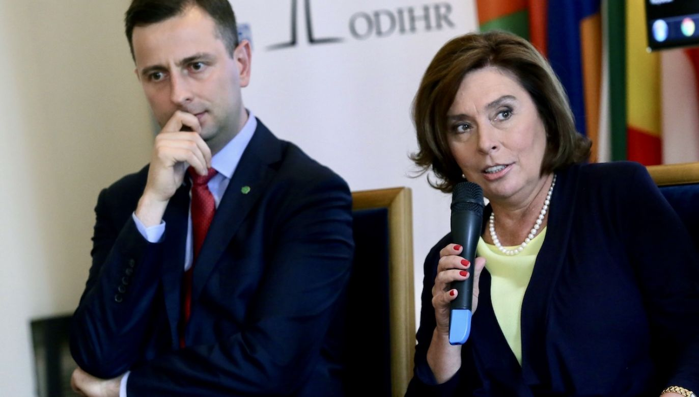 """Znamy się już trochę"" – pisze do kandydatki KO kandydat PSL (fot. arch.PAP/Tomasz Gzell)"