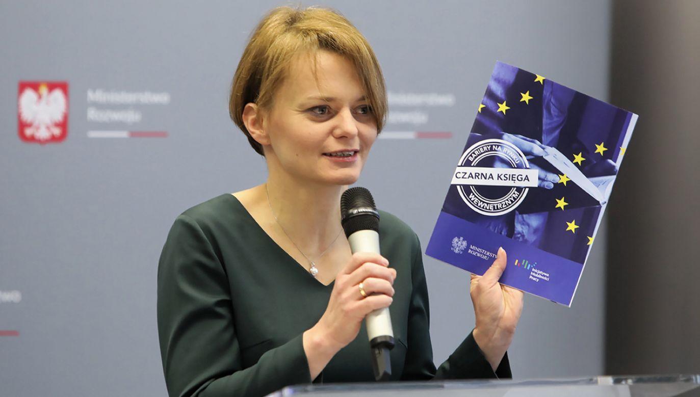 Minister rozwoju Jadwiga Emilewicz (fot. PAP/Wojciech Olkuśnik)