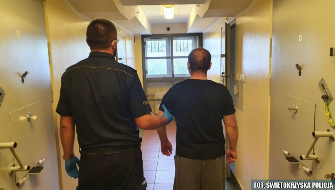Zatrzymany rozbójnik ze stacji (fot. policja)